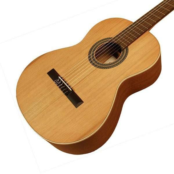گیتار کلاسیک آلمانزا مدل Nature 400