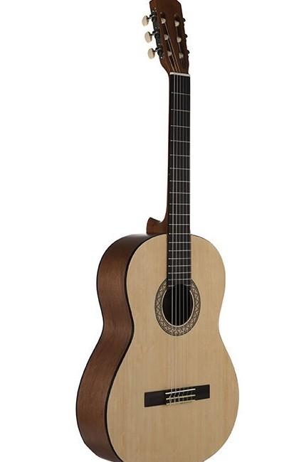 گیتار یاماها c40m