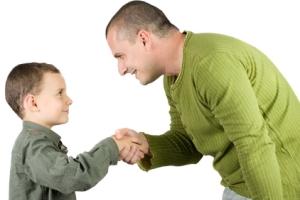 نقش پدران در تربیت فرزندشان چیست؟