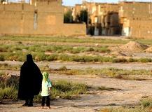 زنانه شدن فقر، آسیبهای اجتماعی را زنانه میکند