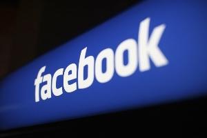 آیا عکس شاد دوستانتان در فیس بوک شما را غمگین می کند؟