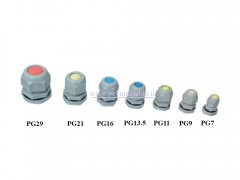 گلند کابل پلاستیکی PG7