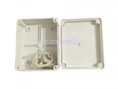 جعبه تقسیم برق (درب پیچ خور) پلاستیکی 5.5*12*15