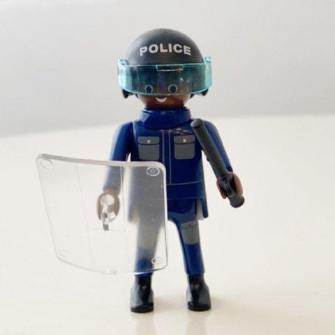 فیگور 7سانتی طرح پلیس Playmobil مدل 10032