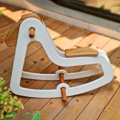 راکر چوبی اسب سفید کد 3825485