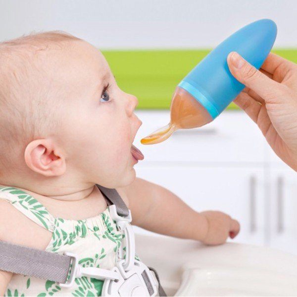 قاشق مخزن دار غذای کودک آبی boon 10122