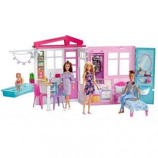 عروسک باربی با خانه قابل حمل و لوازم مدل FXG55