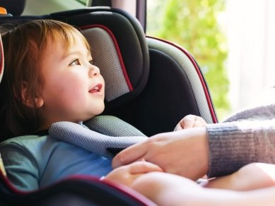 بهترین صندلی ماشین کودک کدام است؟