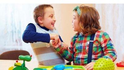 بهترین اسباب بازی برای کودکان اوتیسم چیست؟