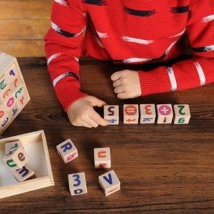 خرید بازی حروف و اعداد انگلیسی
