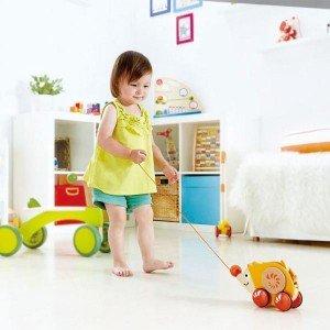 آموزش مهارت های گوناگون با جوجه تیغی نخ کش چوبی کودک