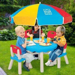 یک عصر دلپذیر با میز و صندلی چتر دار مدل grow'n up