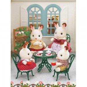اسباب بازی میز و صندلی فرفورژه