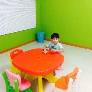 ترکیب رنگ ریب میز وانیابزرگ کودک