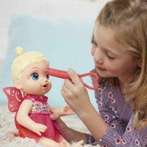 عروسک با اکسسوری