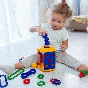 بازی و سرگرمی با جعبه ابزار کودک