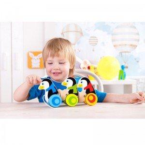 بازی و سرگرمی با پنگوئن نخ کش چوبی کودک