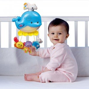 بازی و تفریح با آویز تخت اتاق خواب کودک