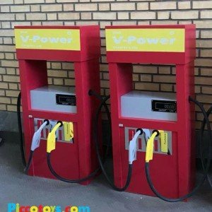 پمپ بنزین چوبی