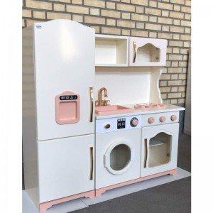 ترکیب رنگ زیبا آشپزخانه چوبی مدل آلما