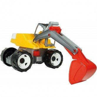 Lena 02062 - Strong giant digger