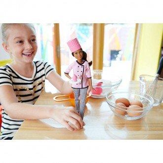 بازی و سرگرمی با عروسک باربی مدل DVF54