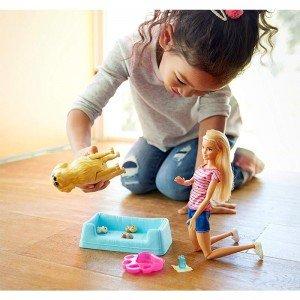 عروسک باربی همراه با سگ مادر مدل FBN1V