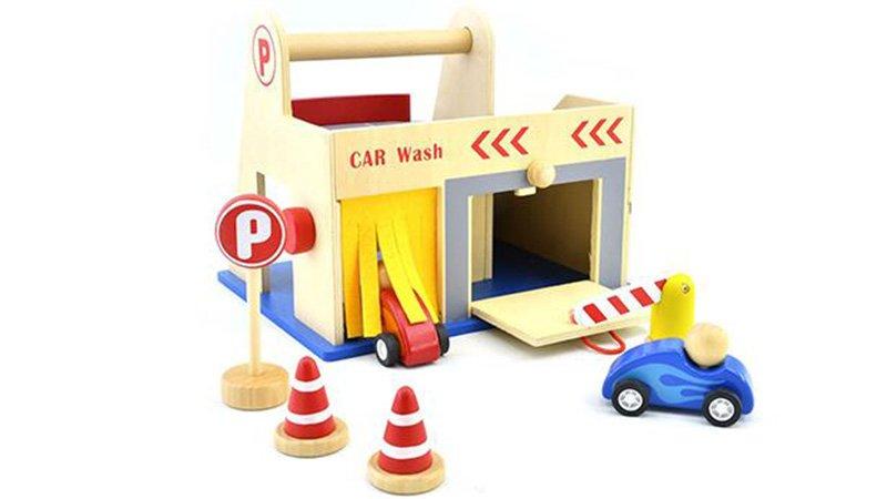 اسباب بازی پارکینگ چوبی پیکاردو