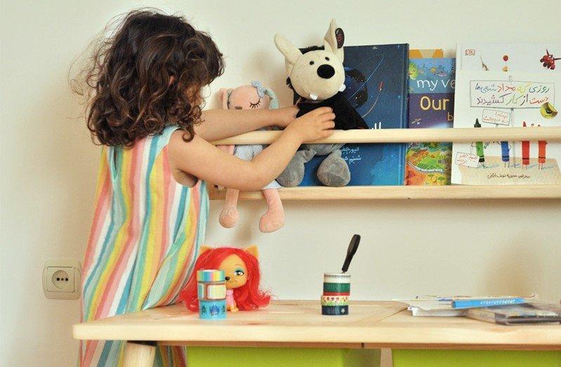 شلف چوبی کودک برای سیسمونی نوزادی