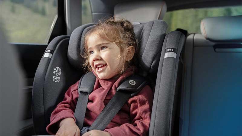 صندلی ماشین مکسی کوزی Titan Plus Authentic