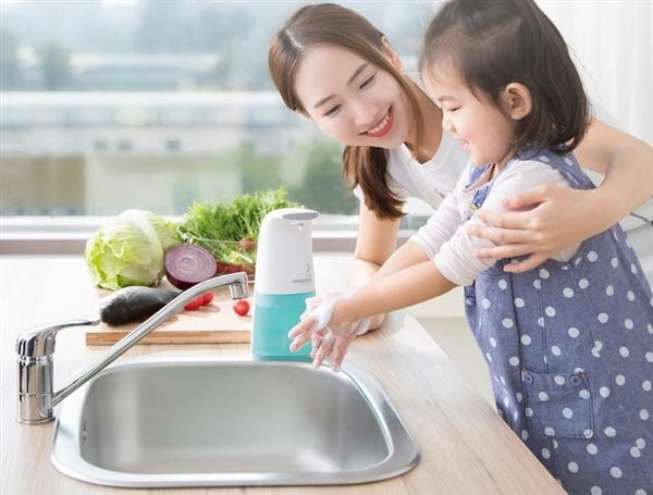 دستگاه اتوماتیک مایع دستشویی فوم شیائومی عرضه شد