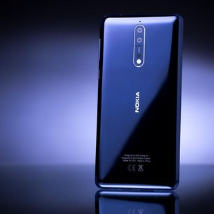 nokia-8-flagship-product-photos-hero-4
