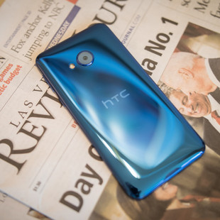 htc-u-play-first-look-aa-3-of-11-840×560
