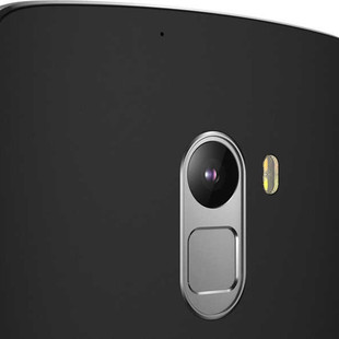 lenovo-smartphone-a7010-black-back-detail-11