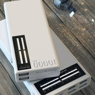 پاور بانک دبلیو کی مدل WP-056 با ظرفیت 10000 میلی آمپر ساعت