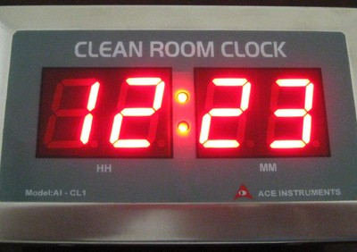 ساعت مخصوص اتاق تمیز