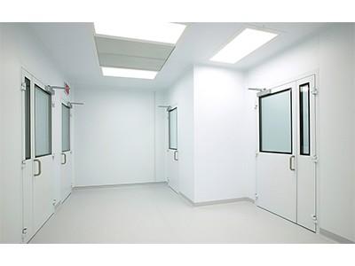 سقف ، ديوار و كف در اتاق تمیز