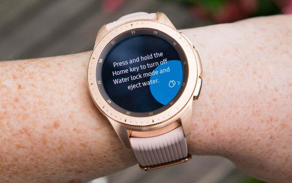 ساعت هوشمند سامسوکگ مدل R810