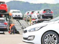 ایجاد مشکل در ترخیص خودروهای موجود در گمرک