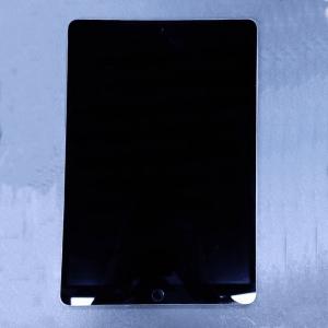 آیپد پرو 10.5 اینچی - 64 گیگابایت - wifi 2017 - سیلور - کارکرده