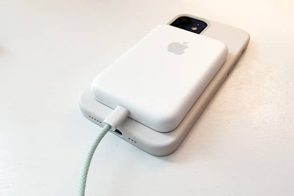 قیمت باتری پک اپل