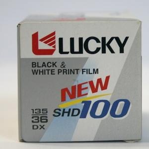 خرید فیلم 36 تایی سیاه و سفید لاکی (4) (copy).jpg