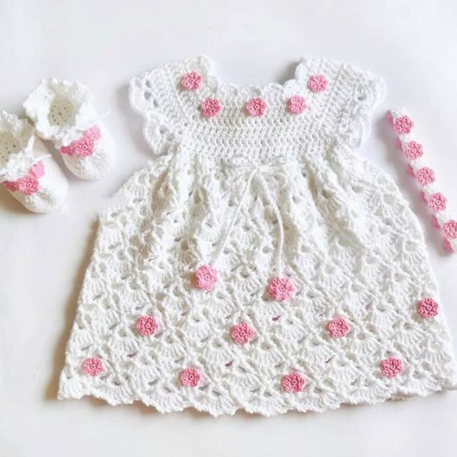 پیراهن نوزادی بافتنی با تل وپاپوش مدل  ZZ-BB-PP