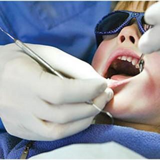 مسمومیت با مواد دندانپزشکی