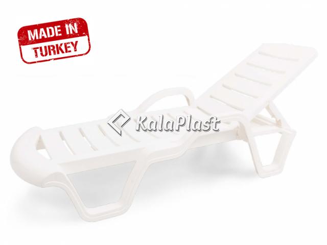 تخت کنار استخری پلاستیکی آوانگارد ساخت کشور ترکیه