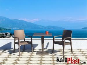 میز 4 نفره مربع تک پایه آلومینیومی حصیری ریوا 3.jpg