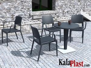 میز 4 نفره گرد تک پایه آلومینیومی حصیری ریوا 2.jpg