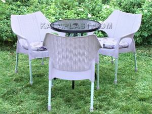انواع ست میز و صندلی پلاستیکی.jpg