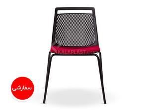 صندلی بدون دسته تشکدار آکا با پایه کروم کد 62