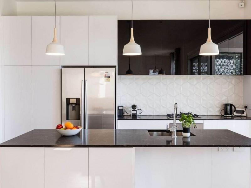 انتخاب لوازم آشپزخانه سفید یا سیلور